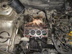 моторный отсек без ГБЦ 2112